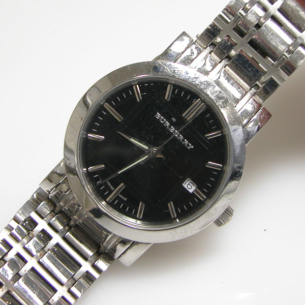 how to change burberry watch battery